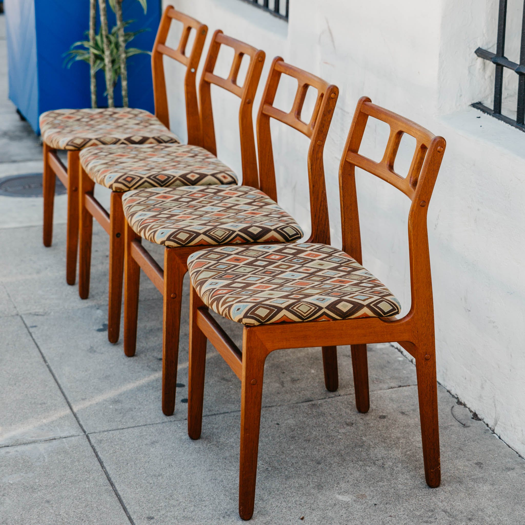 Set Of 4 Teak D Scan Dining Chairs