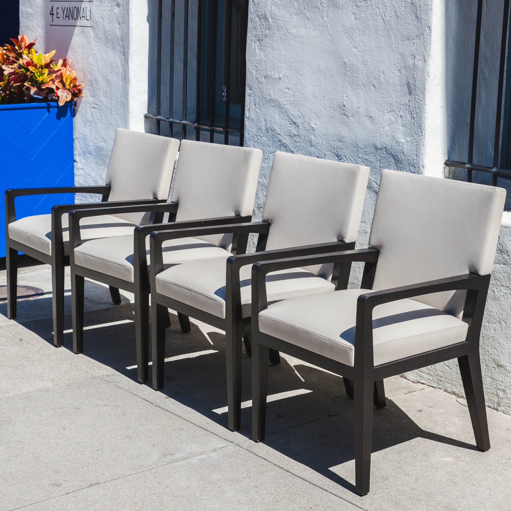 Set Of 4 Holly Hunt Luna Dining Chairs